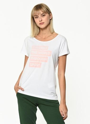 Hummel Kadın Agoptos Tişört 910412-9001 Beyaz